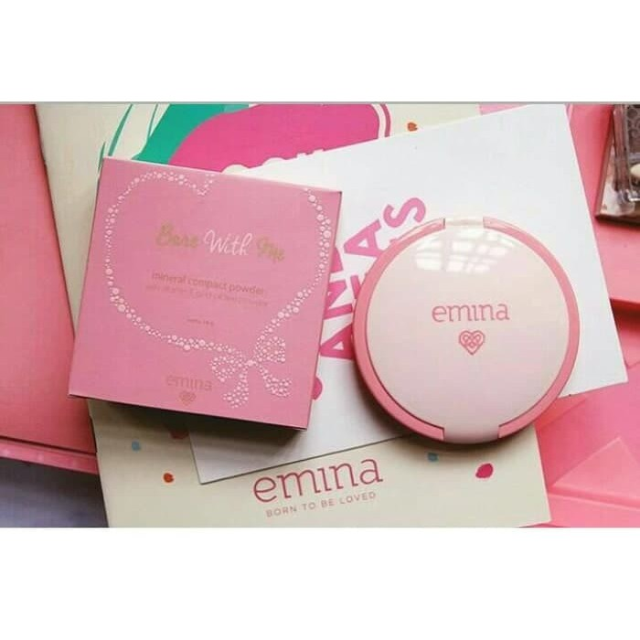 Emina Bare With Me Mineral Compact Powder Ebony