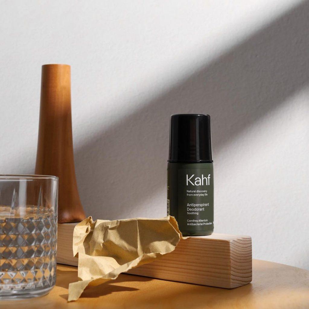 Produk Kahf Soothing Antiperspirant Deodorant